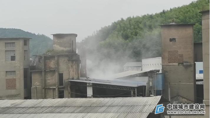 浙江庆元:一水泥厂粉尘遮天 被